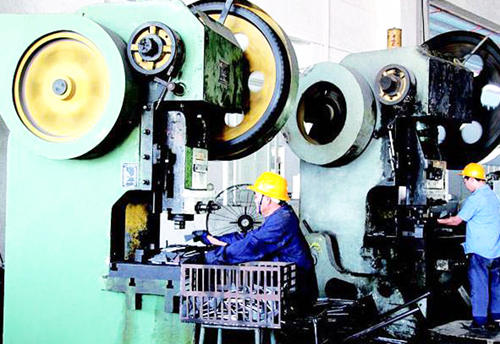 Metal parts processing for CNC machine tools to select the need to pay attention to the three points